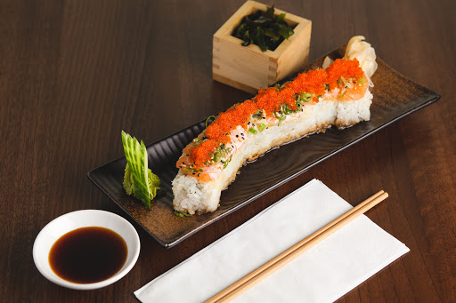 Crunchy Salmon Sushi