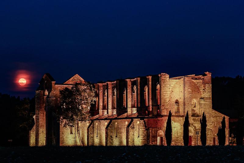 La luna e l'abbazia di vince60