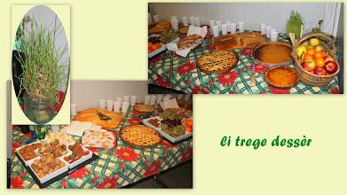 """Photo: Et le cours se termine par une dégustation,bientôt Noël, """"les 13 desserts""""."""