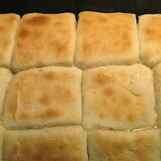 Fluffy Light Biscuits/Rolls.