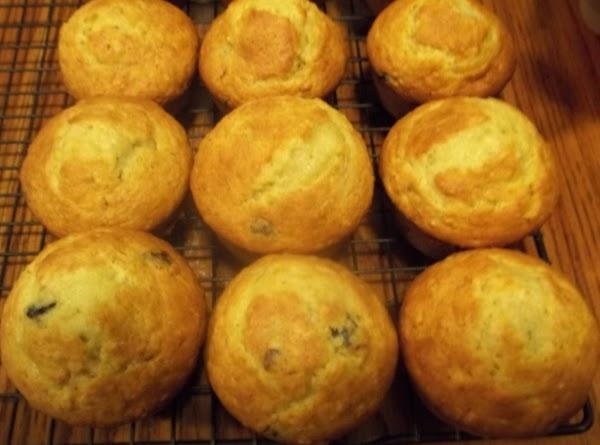 Jumbo Oatmeal Craisin/raisin Muffins Recipe