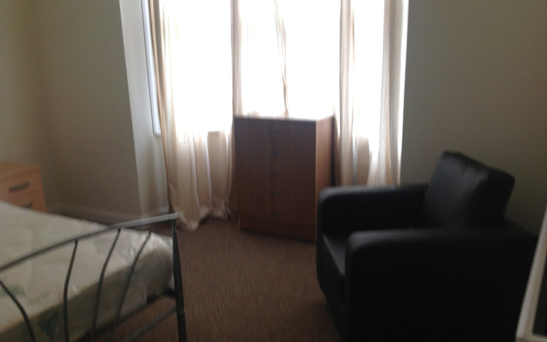 Twin Room to let
