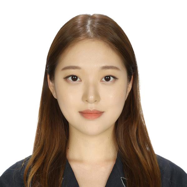 Kyung Eun Lee