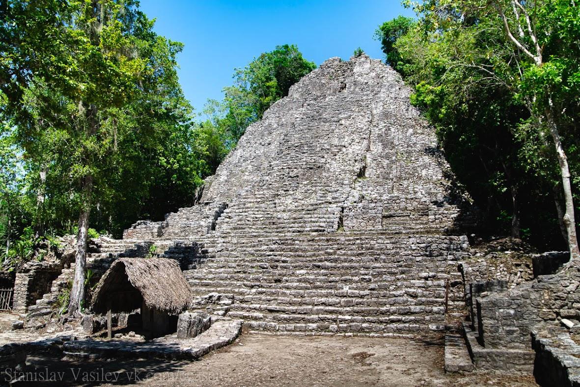 "Коба, пирамида ""La Iglesia"""
