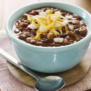 Slow Cooker Chili With Ground Beef.