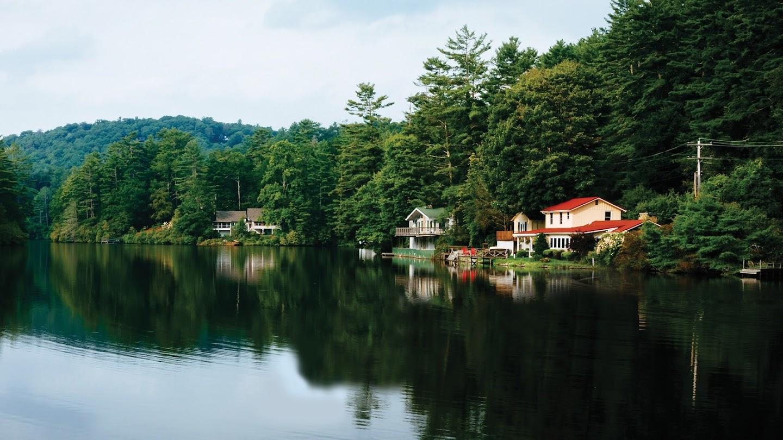 Lake Front Luxury