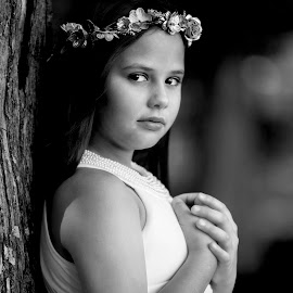Kaylee in Black and White by Sylvester Fourroux - Black & White Portraits & People