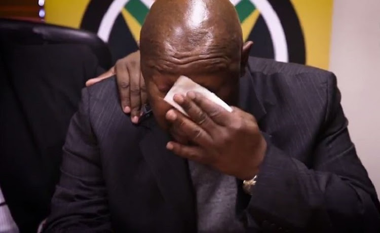 Cope leader Mosiuoa Lekota breaks down in tears as he remembers fallen comrades.