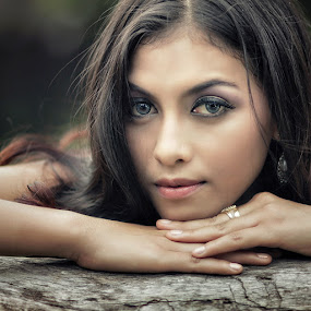 Dewi (2) by Lucky E. Santoso - People Portraits of Women