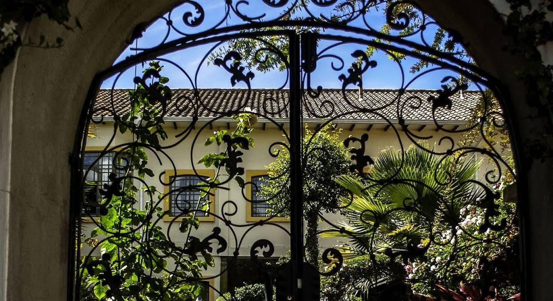 Mansion Alcazar