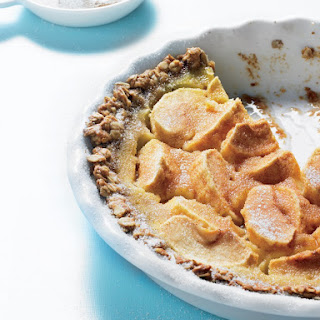 Apple Custard Pie with Oatmeal Crust