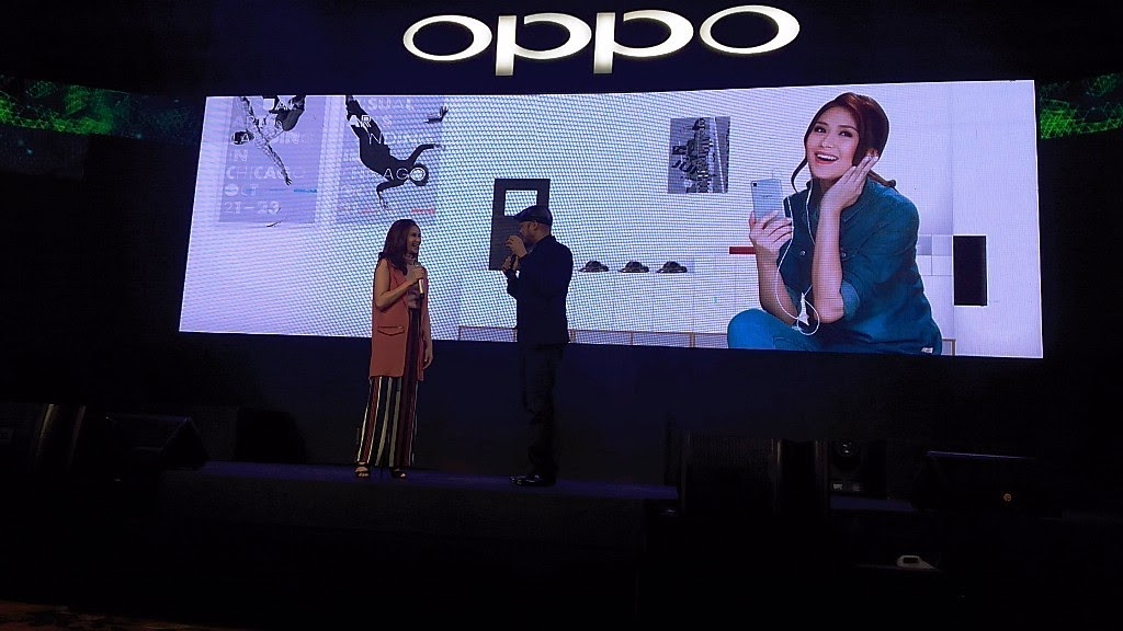 OPPO PHILIPPINES AMBASSADOR SARAH GERONIMO PICKS THE R7 LITE