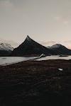Núi Rừng by Dan Magatti