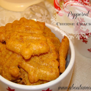 Holiday Snacks | Peppered Cheese Crackers
