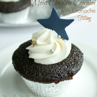 Moist Chocolate Cupcakes {with Ganache Filling} Recipe