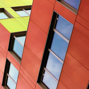 Red Palace by Antonio Prodon - Buildings & Architecture Other Exteriors ( office, building, colors, windows, yellow, architecture, modern, prodon, sky, red, italia, cloud, palace, antonio, milano )