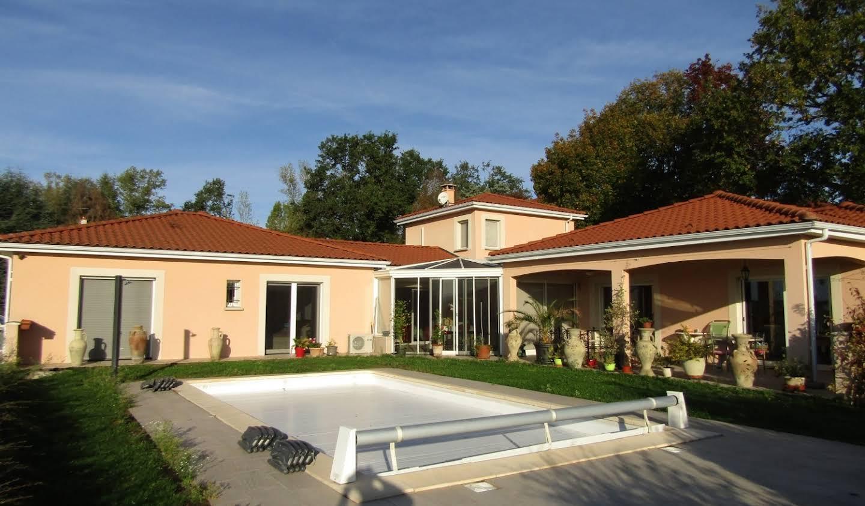 Maison avec piscine et jardin Vichy