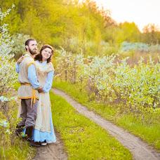 Wedding photographer Anastasiya Selezneva (Karbofox). Photo of 12.05.2015