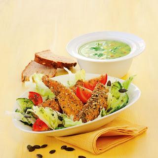 Steirischer Backhendl-Kürbiskern-Salat