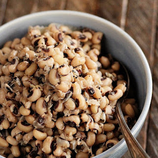 Southern Slow Cooker Black-Eyed Peas.
