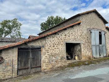 locaux professionels à Pougne-Hérisson (79)
