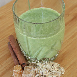 Spicy Pineapple Kale Smoothie.