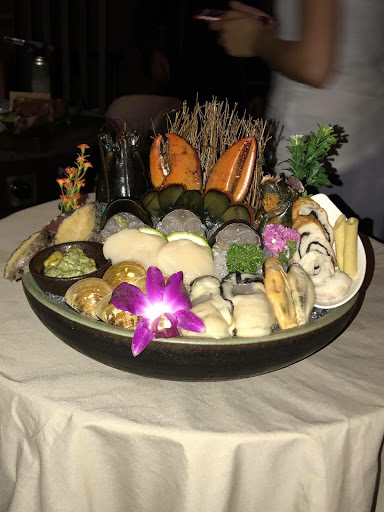 海鮮鮮甜,服務用心,龍蝦都幫忙處理到讓客人方便食用