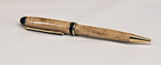 "Photo: Gary Guenther 5 1/2"" x 1/2"" pen [Caribbean white cedar, Stealth Designer twist]"
