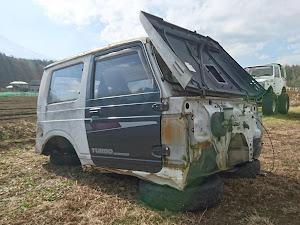 ジムニー JA22W 物置仕様2号車のカスタム事例画像 アクスルシャフトさんの2018年12月13日21:14の投稿