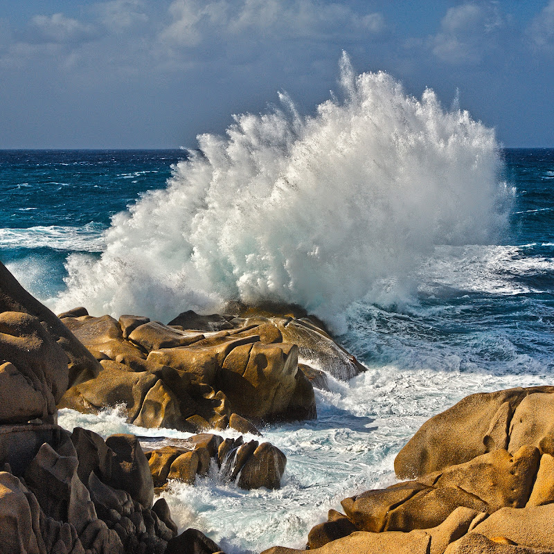 Crashing Wave di Massimo Squillace