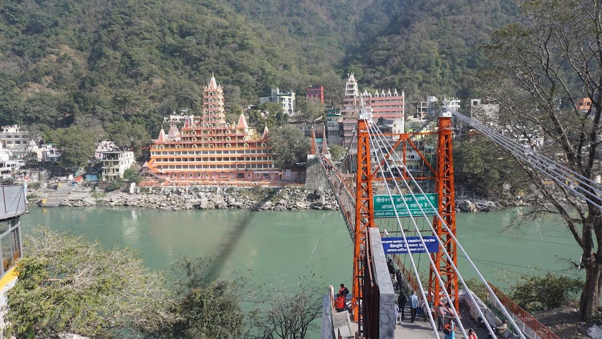Rishikesh - điểm du lịch Ấn Độ tâm linh thu hút.