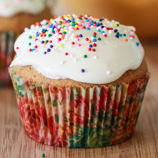 Honey Cupcakes with Marshmallow Icing
