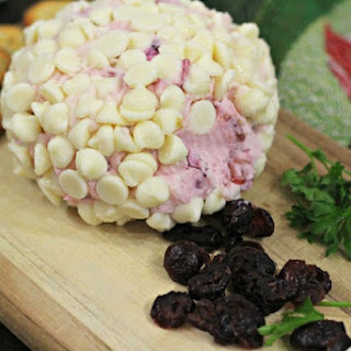 White Chocolate Cranberry Holiday Cheese Ball