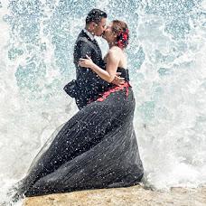 Wedding photographer Elfincius Hazman (elfinciushazman). Photo of 24.11.2014