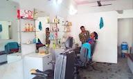 New Prince Hair Cut Saloon photo 3