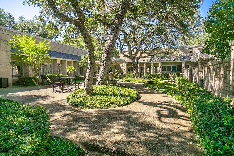 Canyon Oaks Apartments in San Antonio, Texas   Tour Now