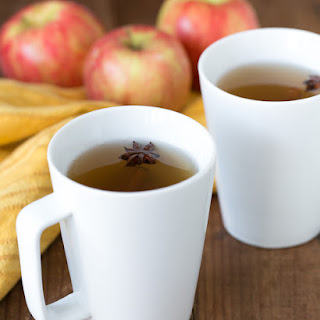 Spiked & Spiced Hot Apple Cider