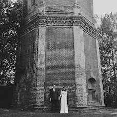 Wedding photographer Denis Medovarov (sladkoezka). Photo of 18.12.2017