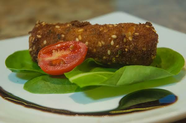 Essential Appetizers: Chicken/gruyere Croquettes Recipe