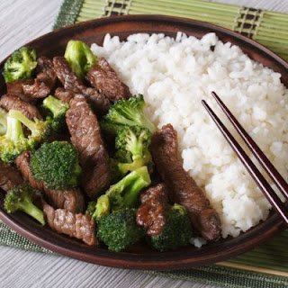 Asian-Style Crockpot Beef and Broccoli
