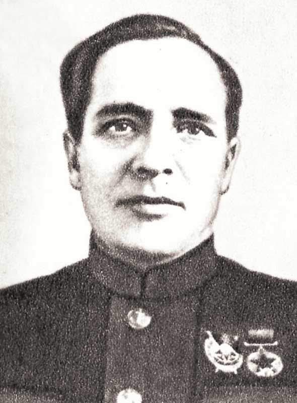 Безверхов Я.П. - командир 71 осмбр