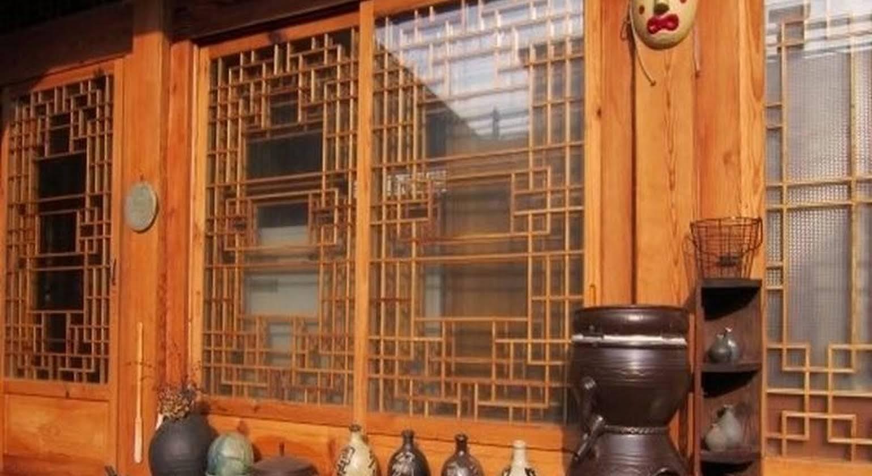 Tea Hanok Guesthouse