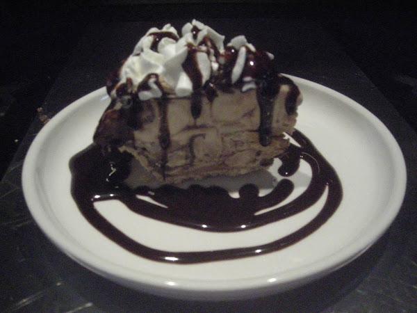 Easy Frozen Peanut Butter Pie Recipe