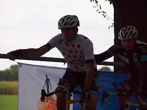 Photo: Start van de derde manche (13 uur), met Gerard Driessen in de  paprikatrui.