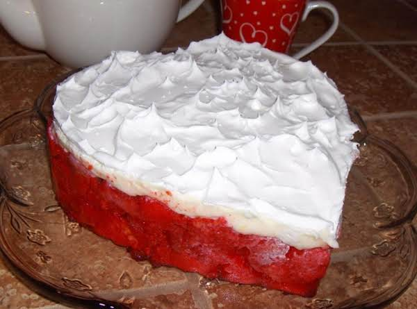 Strawberries And Cream Valentine Cake Recipe
