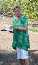 Photo: Ds. Willemien las een toepasselijke bijbeltekst