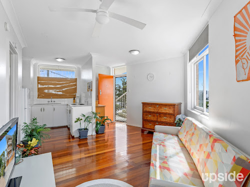 Photo of property at 6/25 Upper Clifton Terrace, Red Hill 4059