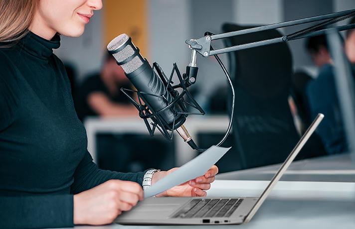 Cara-Membuat-Podcast-Tentukan-Materi-dan-Buat-Naskah