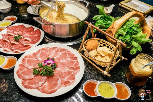 台北東區 泰滾 泰式火鍋料理 招牌鴛鴦鍋:椰奶雞湯冬陰酸辣雙享受