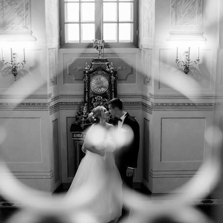 Wedding photographer Olya Mur (OlyaMur). Photo of 27.11.2017